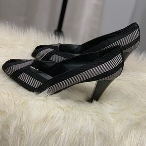 Nine West striped heels size 9.5 new without tags